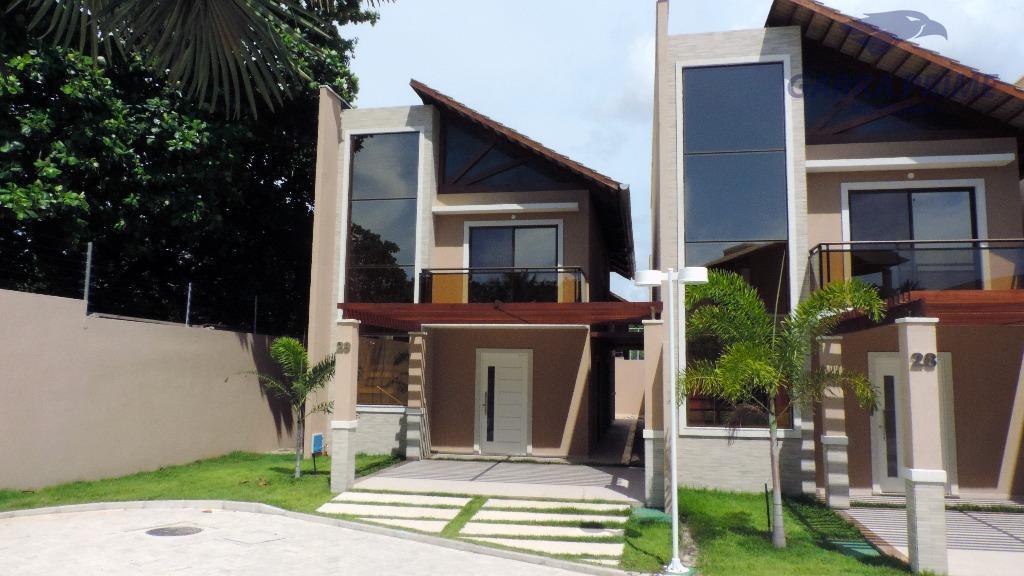 Casa Duplex em condomínio no Eusébio, com 3 suítes e 2 vagas de garagem.