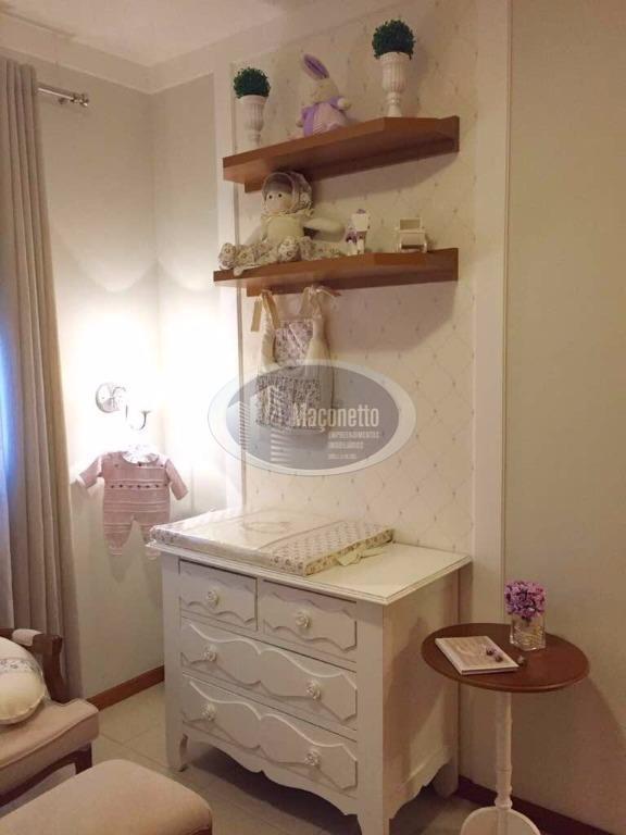 03 suíte com armários; 01 sala com 03 ambientes e sacada gourmet; 01 escritório; 01 lavabo;...