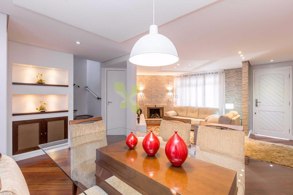 Casa Triplex com 336m² Privativos, 3 Dormitórios e 4 Vagas no Jardim das Américas.