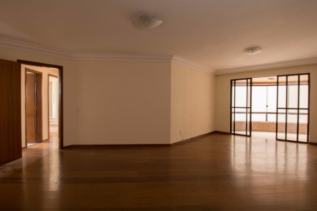 Apê 3 quartos super espaçoso no Boa Vista