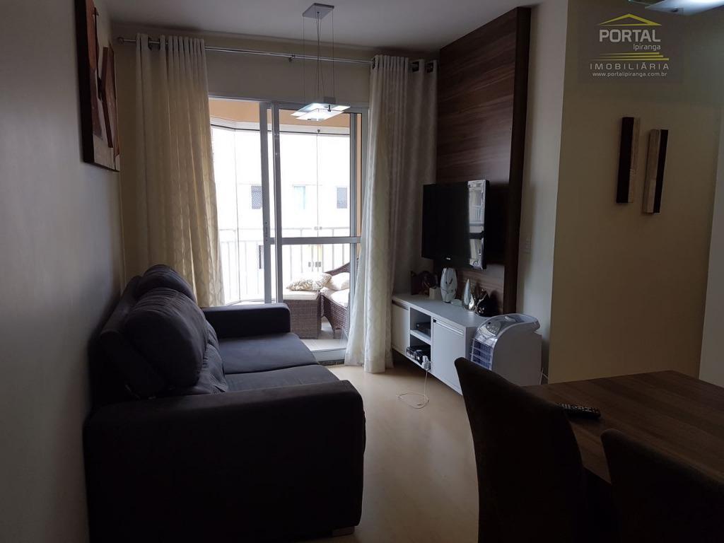 Apartamento à venda - 03 dorms (01 suíte) e 01 vaga - Jd. Maria Estela