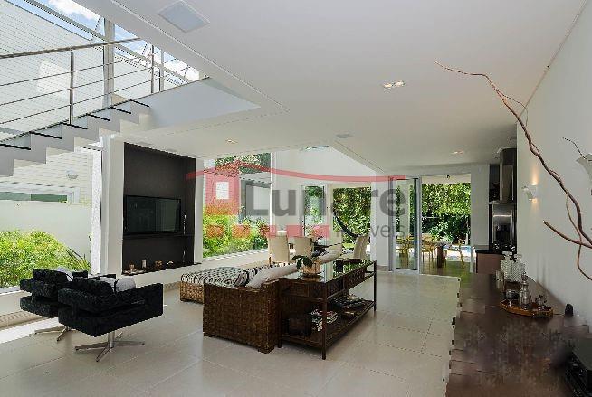 Sobrado residencial à venda, Riviera de São Lourenço, Bertioga - SO0040.