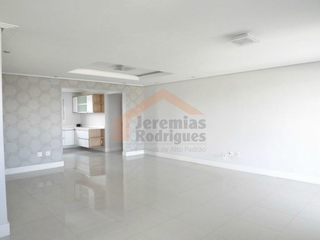 Apartamento residencial para venda e locação no Edifíco Placere em Taubaté.
