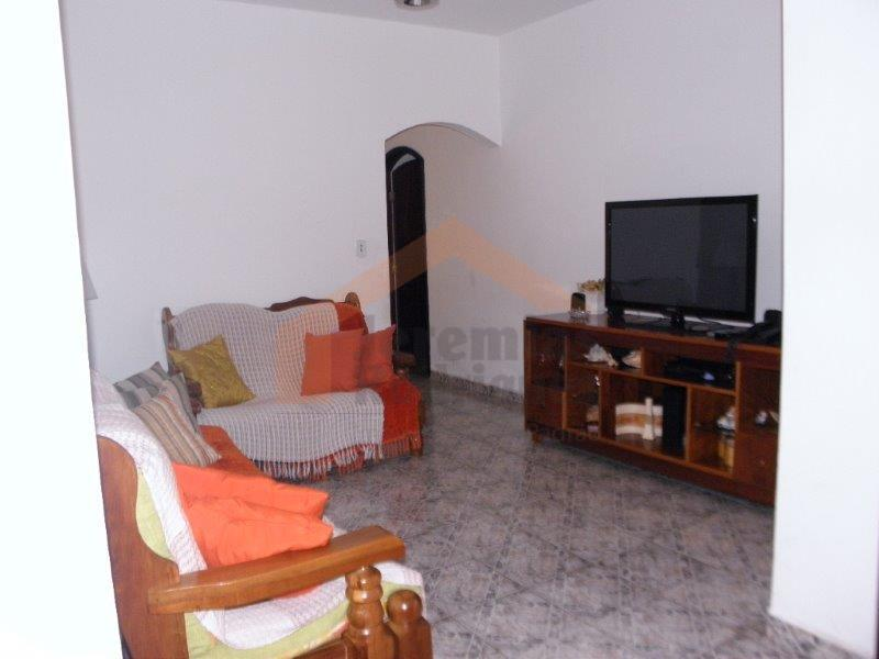 Casa residencial à venda, São Benedito, Pindamonhangaba.