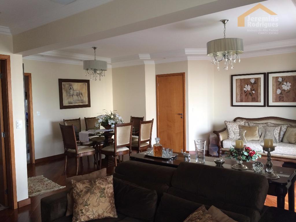 Apartamento residencial à venda, Centro, Taubaté - AP3570.