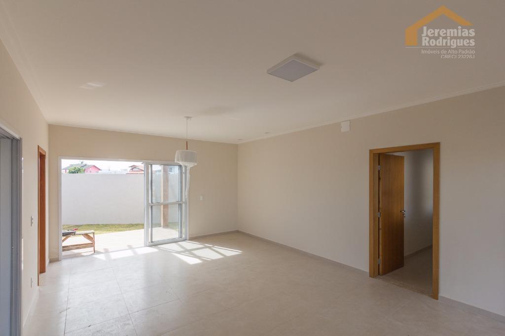Casa residencial à venda no Condomínio Real Ville em Pindamonhangaba - CA3723.
