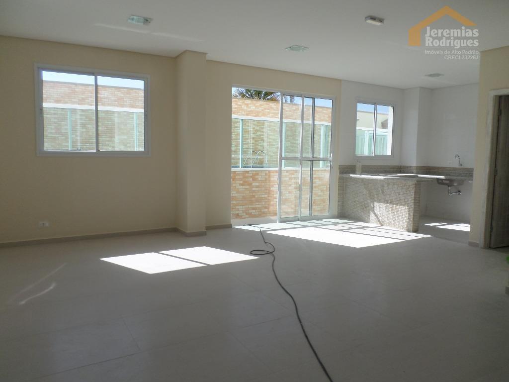 Apartamento residencial para locação no Edifício Malibu em Pindamonhangaba.
