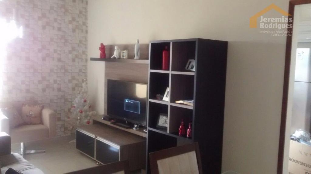 Apartamento residencial à venda no Edifício Morada do Condor em Taubaté.