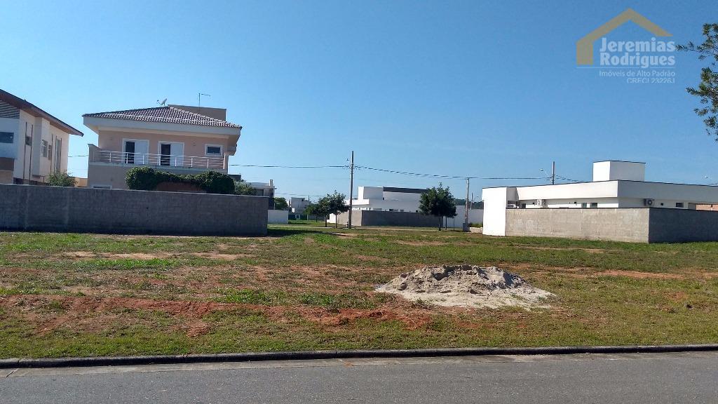 Terreno residencial à venda no Condominio Green Park em Taubaté.