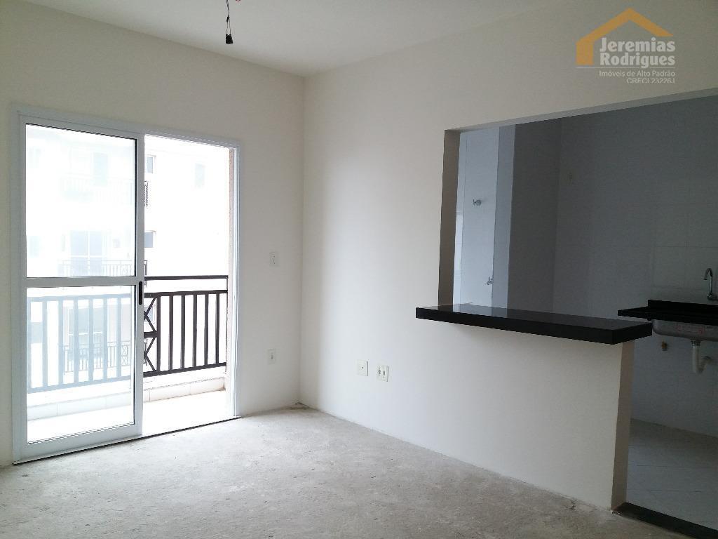 Apartamento residencial para venda e locação no Edifício Grand Valle Royal em Pindamonhangaba.