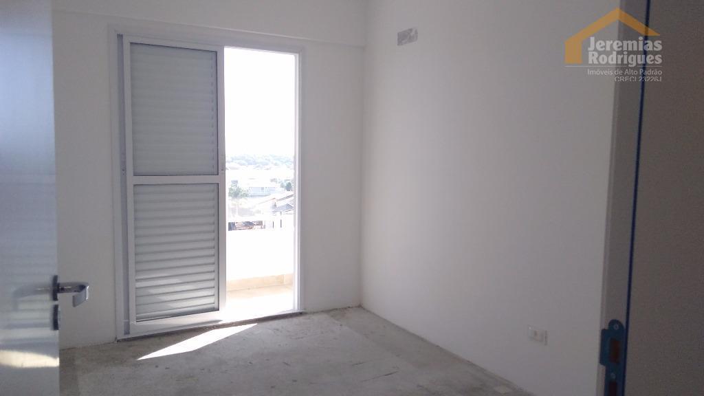 Apartamento residencial à venda no Edifício Gran Village em Taubaté.