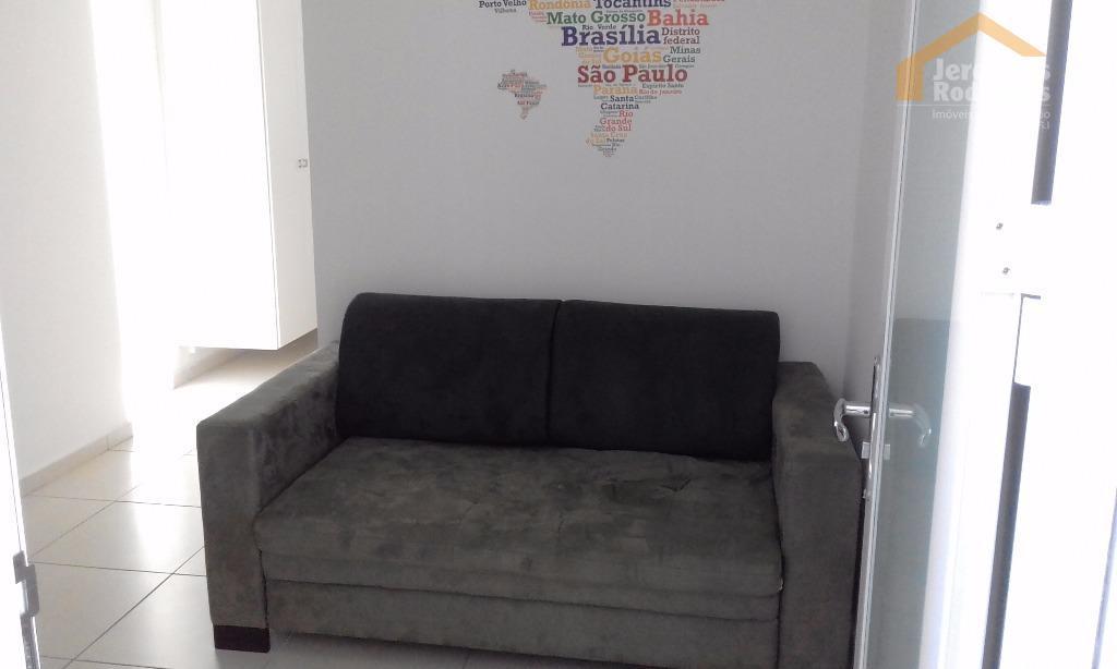 Apartamento residencial para locação no Edifício Dr Lauro Oliveira em Taubaté - AP4011.