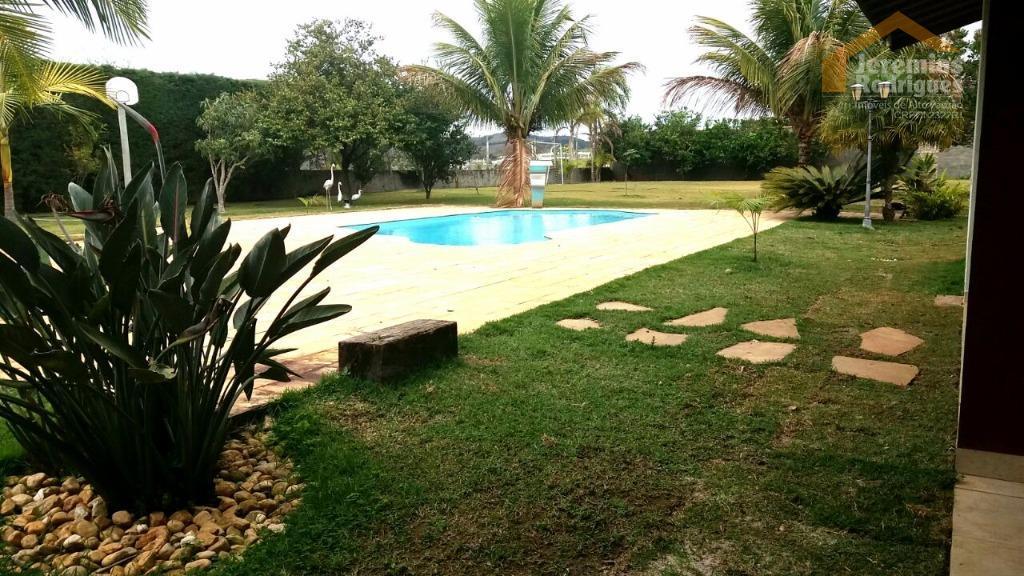 Casa residencial à venda no Condomínio Chácaras Cataguá em Taubaté - CA3981.