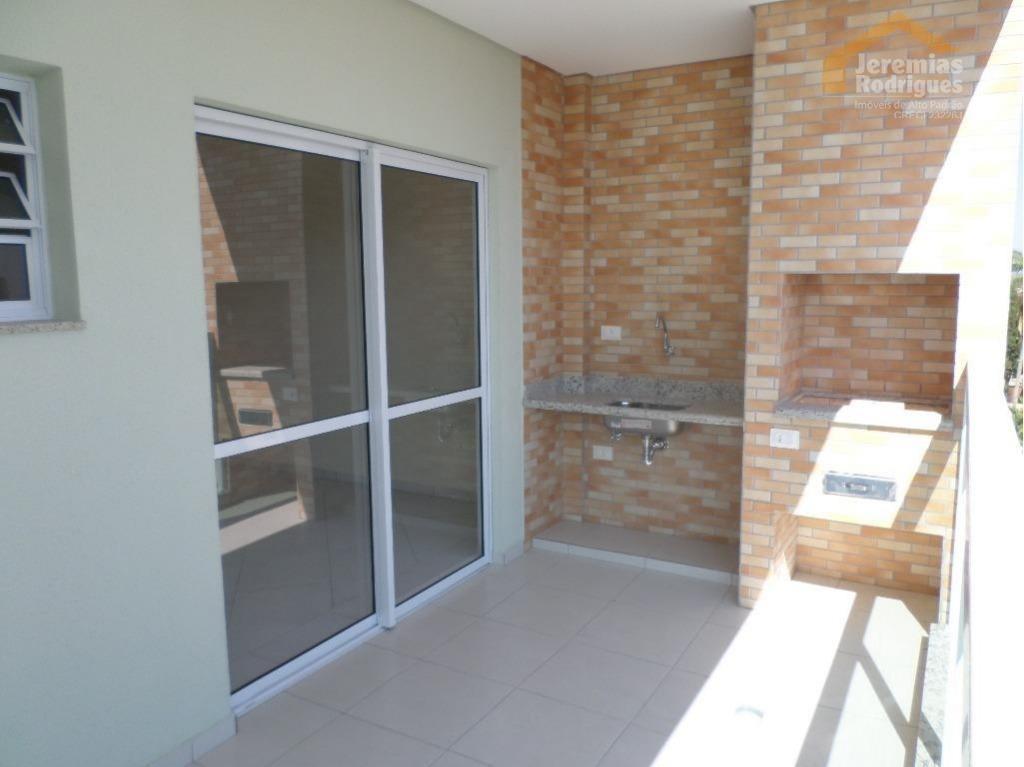 Apartamento para locação no Edifício Malibu em Pindamonhangaba. AP4032