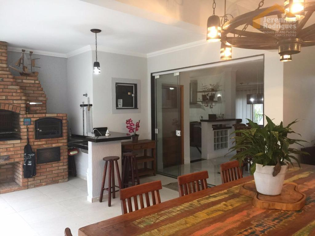 Casa residencial para locação no Condomínio Campos do Conde Chambord em Tremembé.