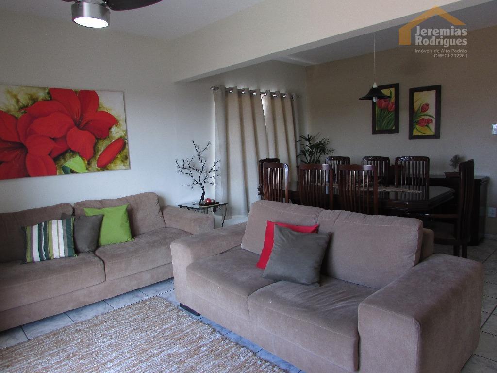 Apartamento residencial à venda, Edifício José Avila, Pindamonhangaba.