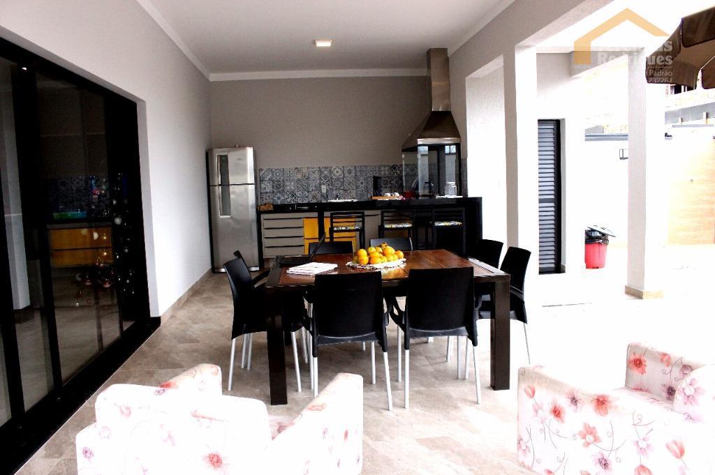 Casa residencial à venda no Condomínio Campos do Conde ll Chambord em Tremembé - CA4070.