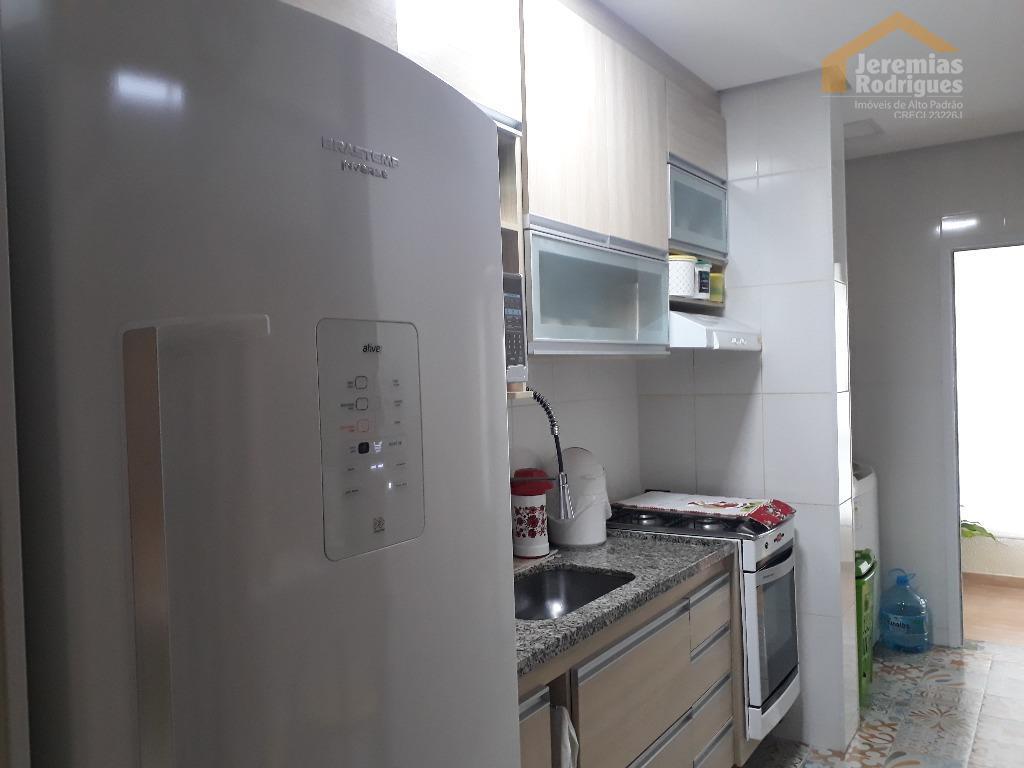 Apartamento residencial à venda no Edifício Monte Castel em Taubaté.