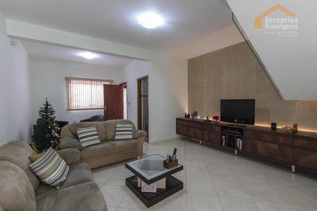 Casa residencial para venda e locação, Santana, Pindamonhangaba.