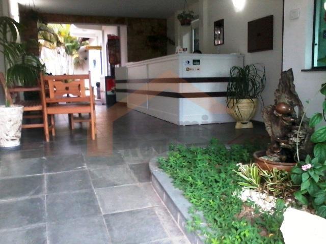 Prédio comercial para locação, São Benedito, Pindamonhangaba.