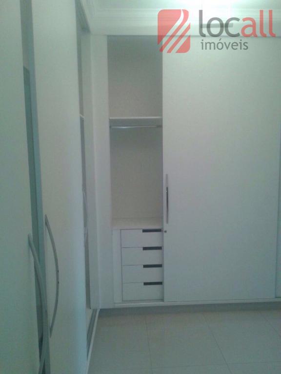excelente casa em condomínio de 432m² de terreno e 330m² de área construida. contêm 03 dormitórios...