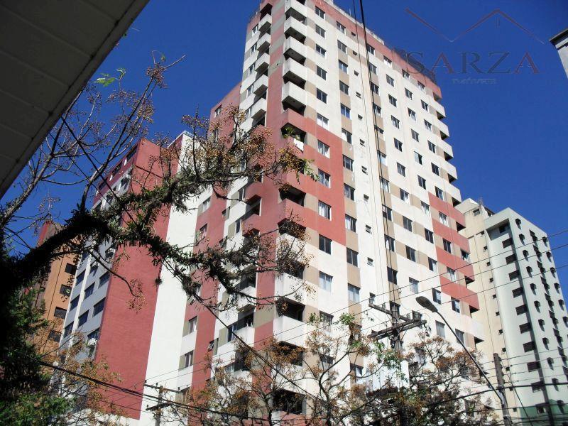 Kitnet residencial para venda e locação, Centro, Curitiba.