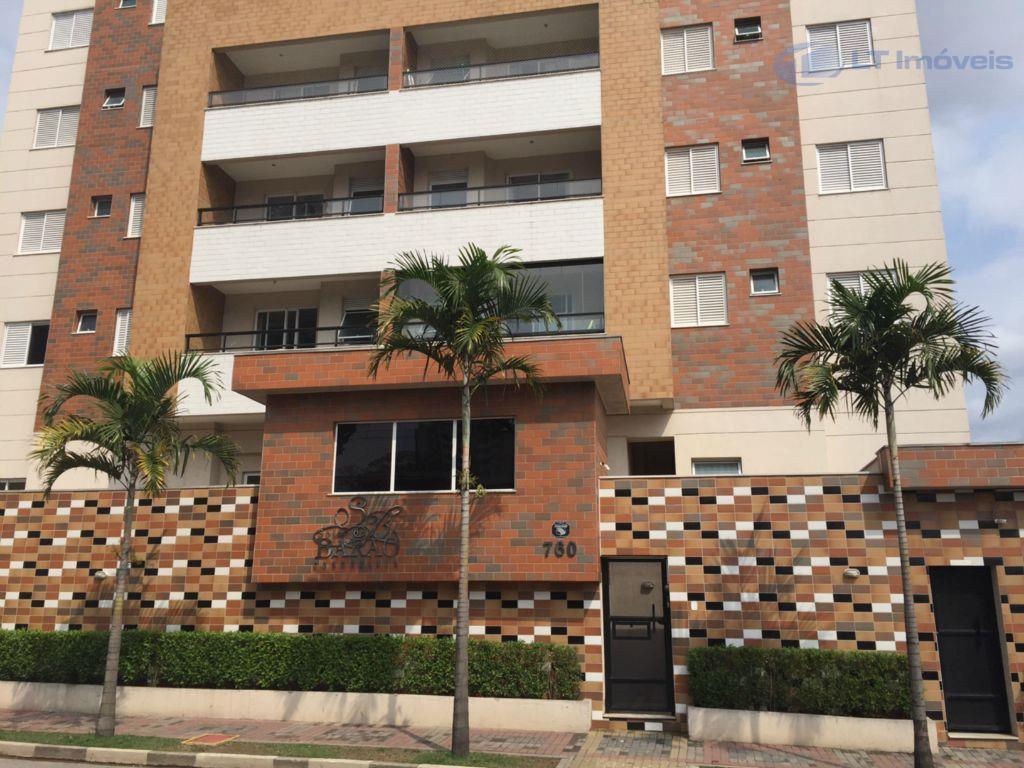 Apartamento residencial à venda, Centro, Jacareí.