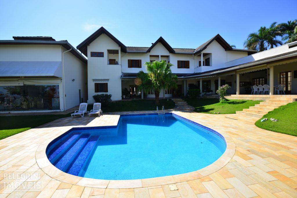 Casa no Condominio Jardim Botanico, em Sousas, com 1.386 m2 de terreno e 745 m2 de cosntrução, em mármore e granito, com 5 suíte