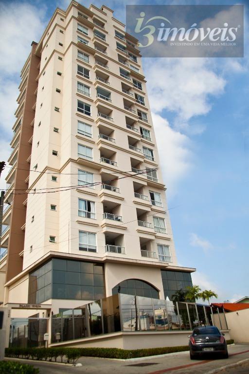 Apartamento com 2 suítes mobiliado Itajaí SC