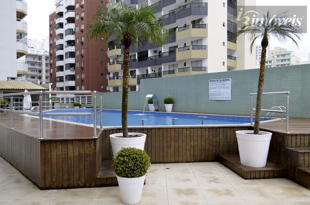 Apartamento  residencial para locação, Centro, Balneário Camboriú.