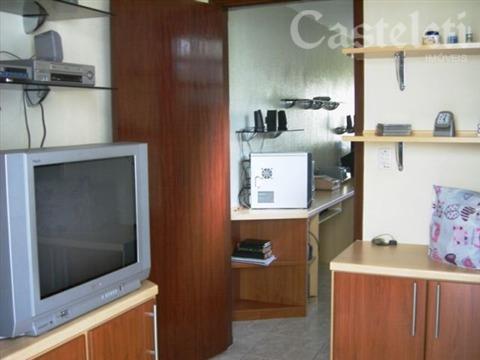 Casa de 3 dormitórios em Vila Maria Eugênia, Campinas - SP