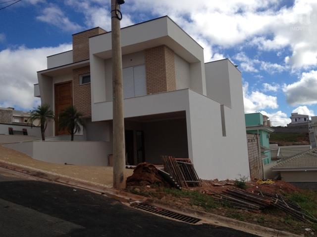 Sobrado de 3 dormitórios em Jardim São Marcos, Valinhos - SP