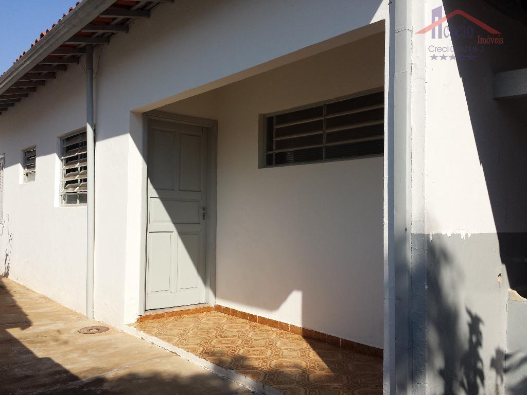 Casa de fundos residencial para locação, Parque Taquaral, Campinas.