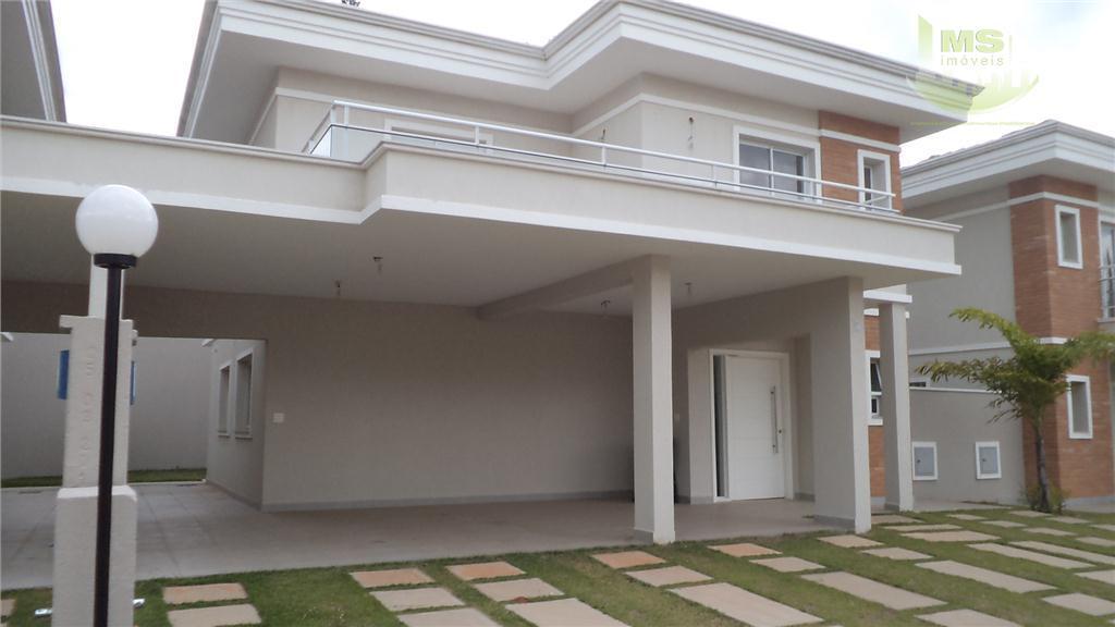 excelente empreendimento com apenas 10 casas isoladas, 192m2 de área construída, 3 suítes sendo a master...