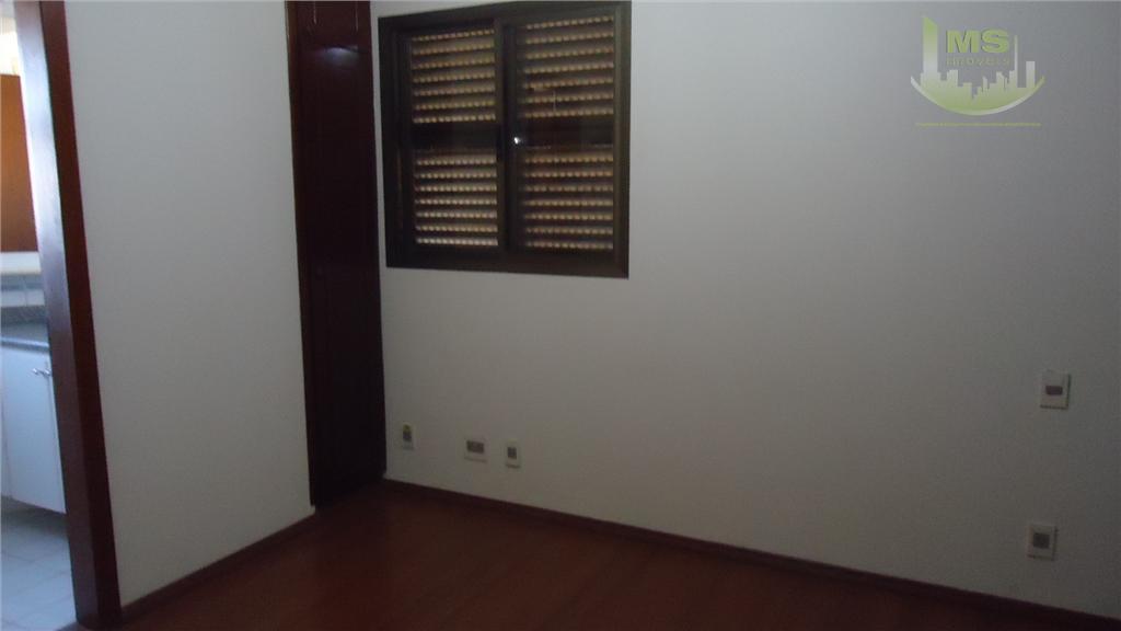 maravilhoso apartamento de 3 dormitórios sendo 2 suítes com armários embutidos, cozinha planejada, área de serviço,...