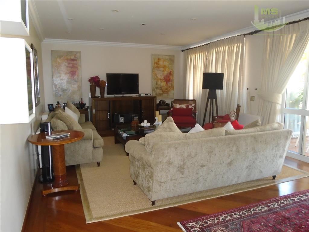 linda ! espaço e bom gosto ! com 04 dormitórios, sendo 02 suites, hidromassagem e closet,...