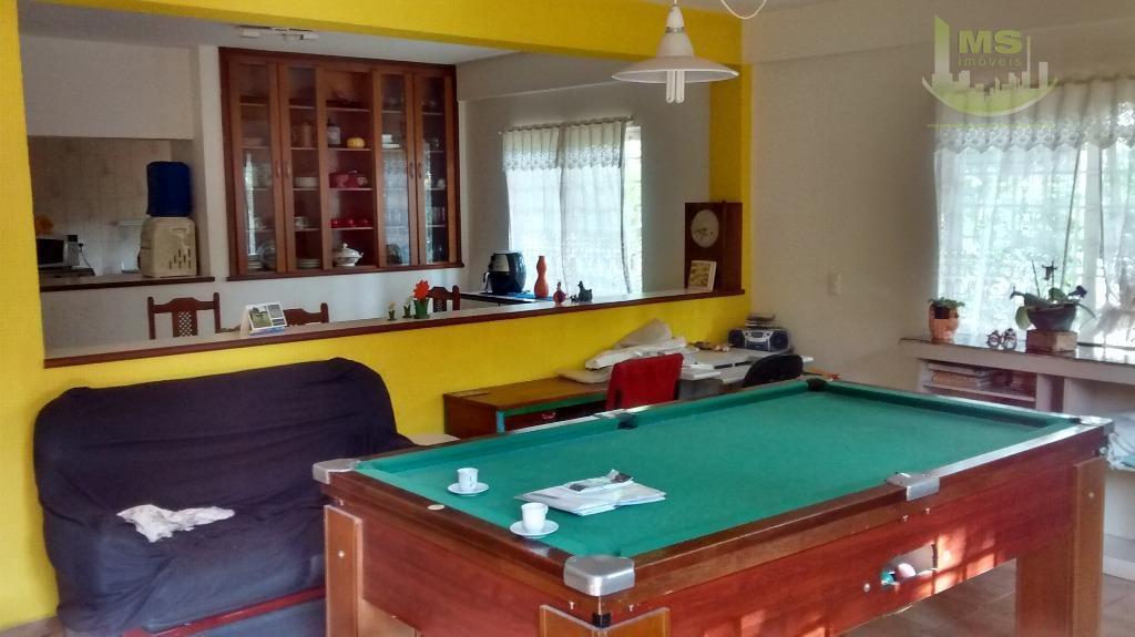 para quem gosta de tranquilidade e natureza!!! casa com 4 dormitórios sendo 2 suítes, armários embutidos,...