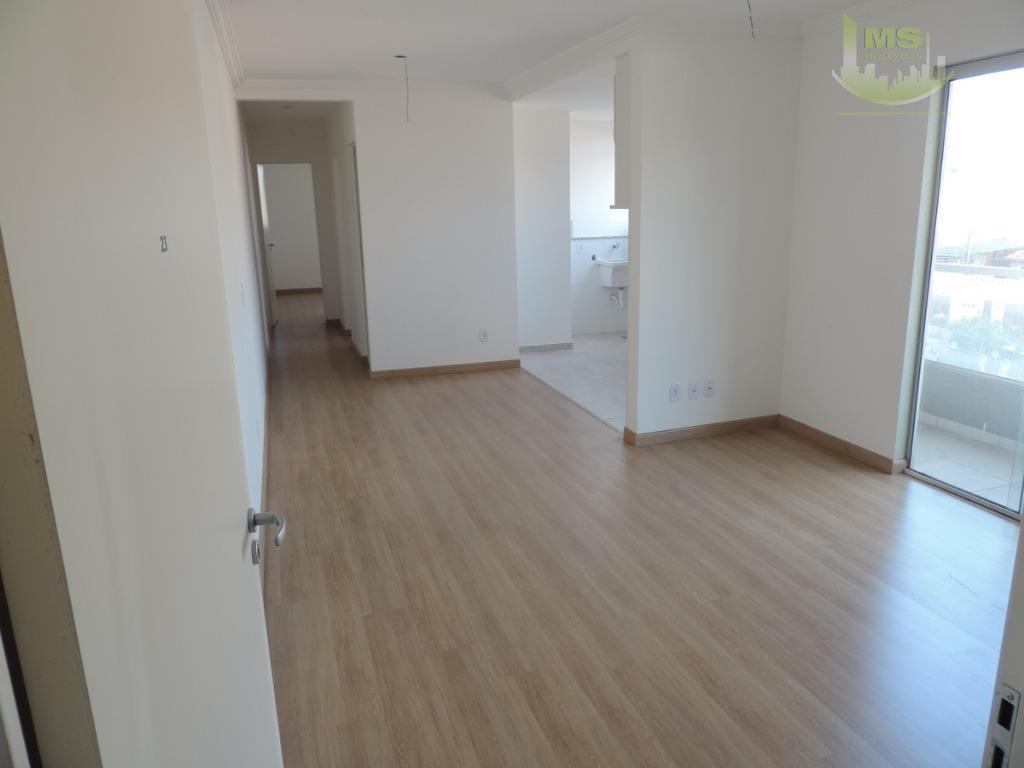lindo apartamento em prédio recém entregue, pronto para morar! 2 dormitórios sendo uma suíte, living amplo...