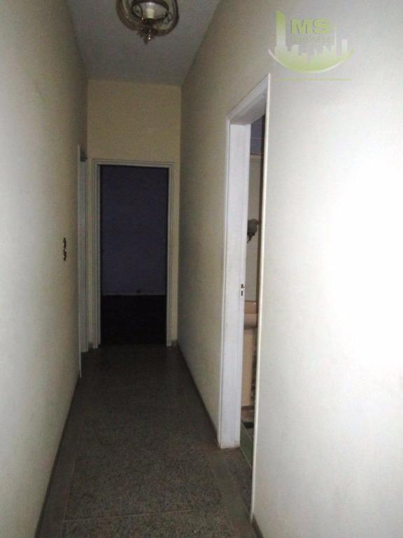 casa no cambuí ,três dormitórios com armários, sendo 1 suíte ,sala para dois ambientes,cozinha grande,lavanderia ,...