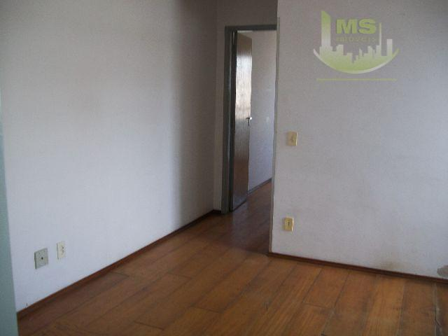 ótimo apartamento próximo ao bosque andar alto, 1 dormitório, sala, cozinha, banheiro e área de serviço,...