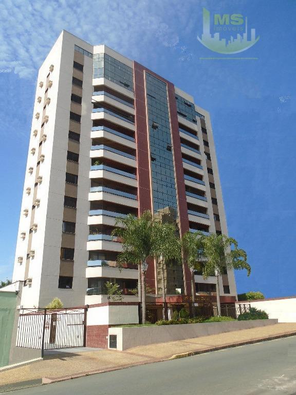 Apartamento residencial para locação, Cambuí, Campinas - AP1330.