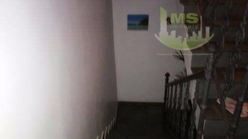 linda casa para venda e ou locação, podendo ser comercial ou residencial. casa a poucos metros...