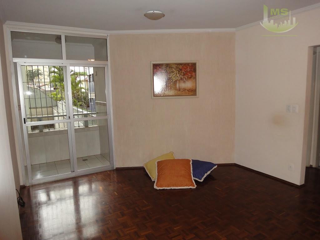 apartamento bem localizado próximo ao carrefour bairro, reformado, sala para 02 ambientes com sacada, 01 dormitório...