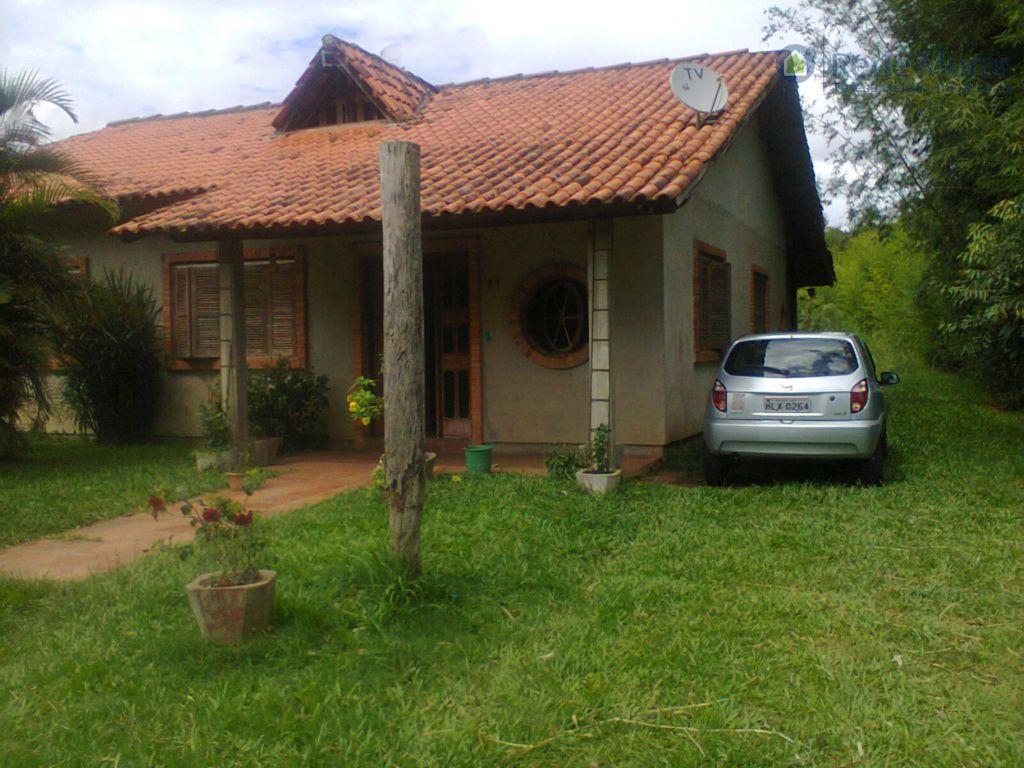 Casa residencial à venda, Ponta Grossa, Porto Alegre.