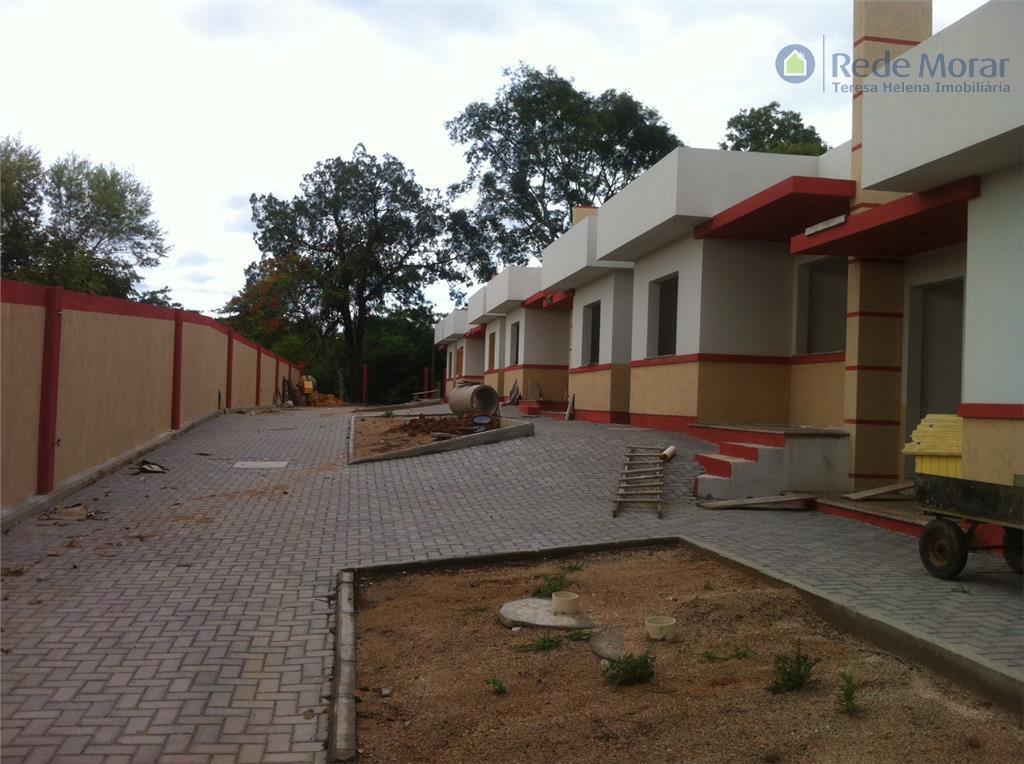 Casa residencial à venda, Campo Novo, Porto Alegre.