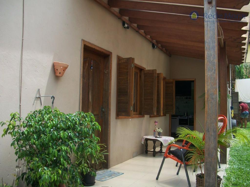 Casa térrea três dormitórios à venda, Guarujá, Porto Alegre.