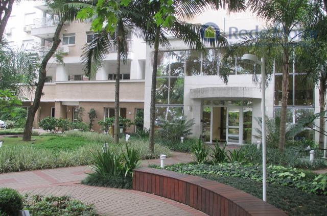 Apartamento dois dormitórios à venda, Passo da Areia, Porto Alegre.