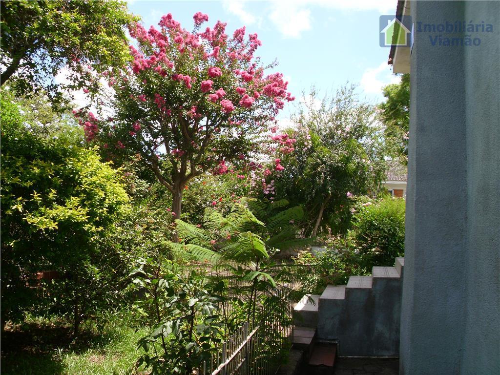 privilégiada casa em excelente localização no melhor bairro da cidade. casa de esquina próximo a escola,...