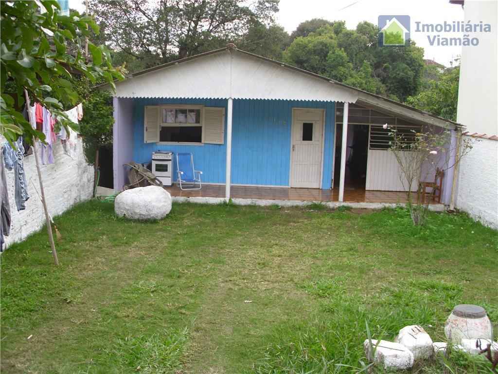 imóvel bem localizado com ótima vizinhança ,pois os proprietários residem á mais de 40 anos, com...