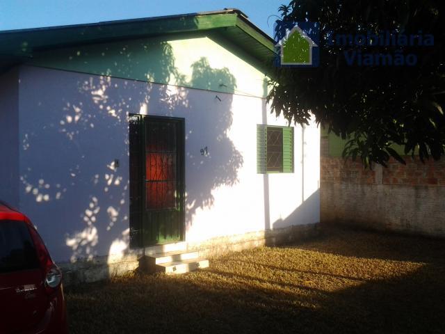 uma linda casa, muito bem localizada e perto de ótimos recursos para termos uma vida de...